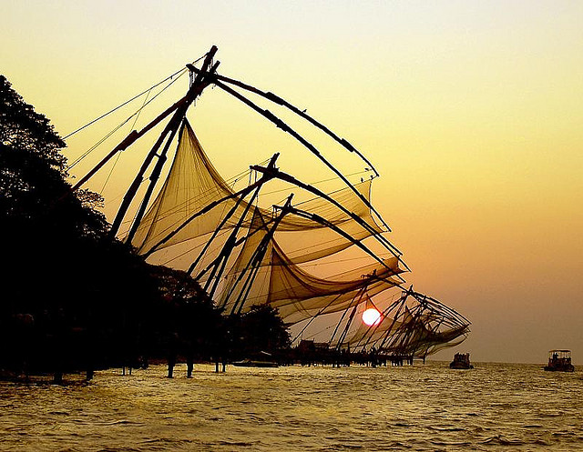 sunset chinese fishing nets cochin