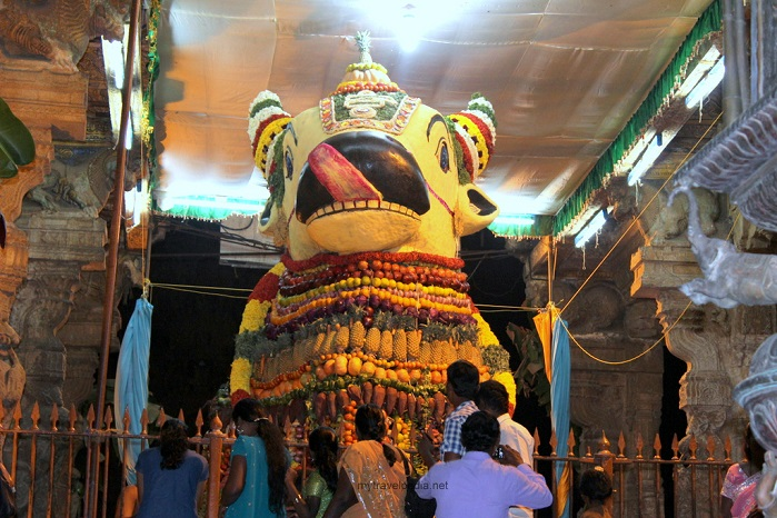 Nandi Idol Thanjavur Temple