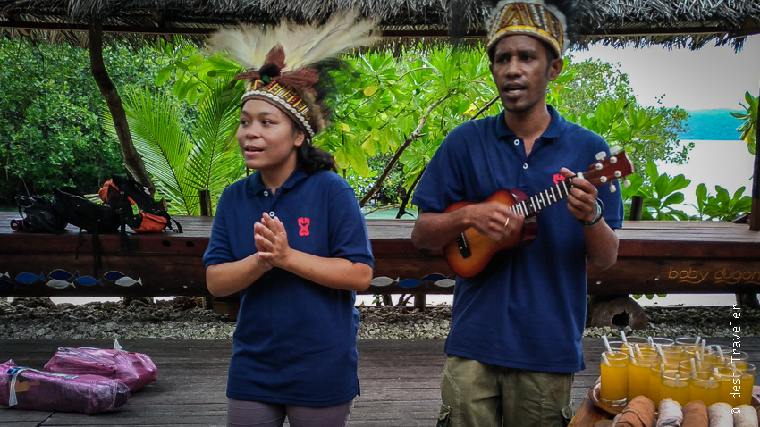 Papua native singers