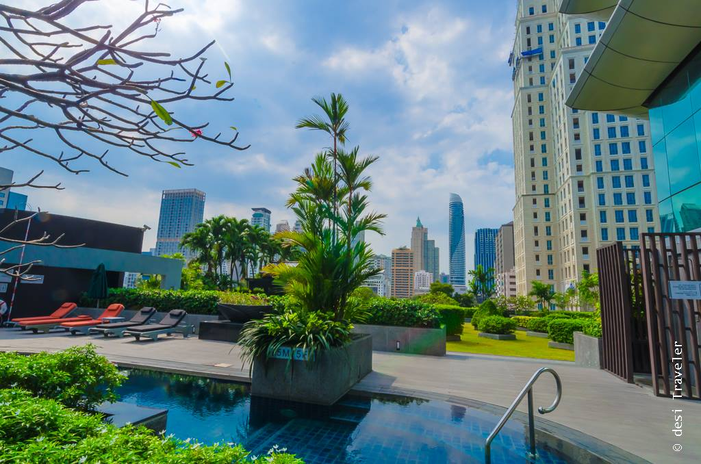 Swimming pool Plaza Athenee Bangkok