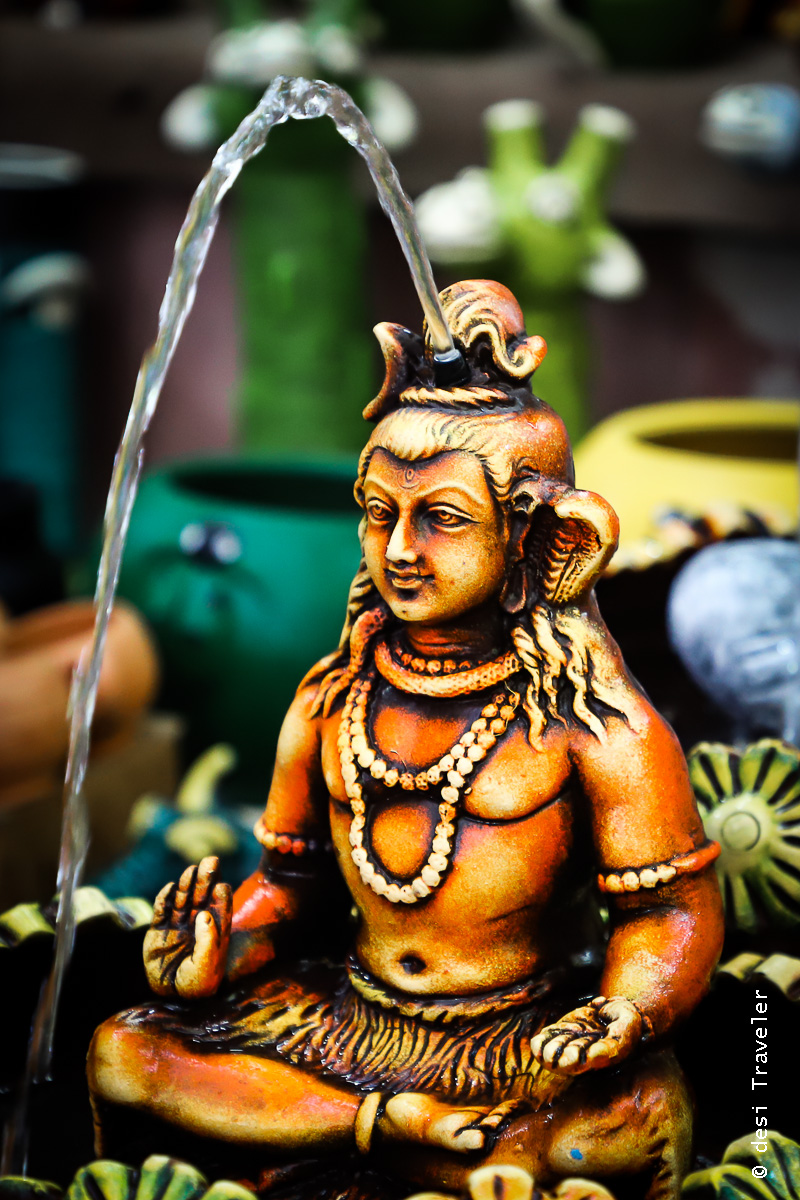 Shiva idol with Ganga coming out of his head
