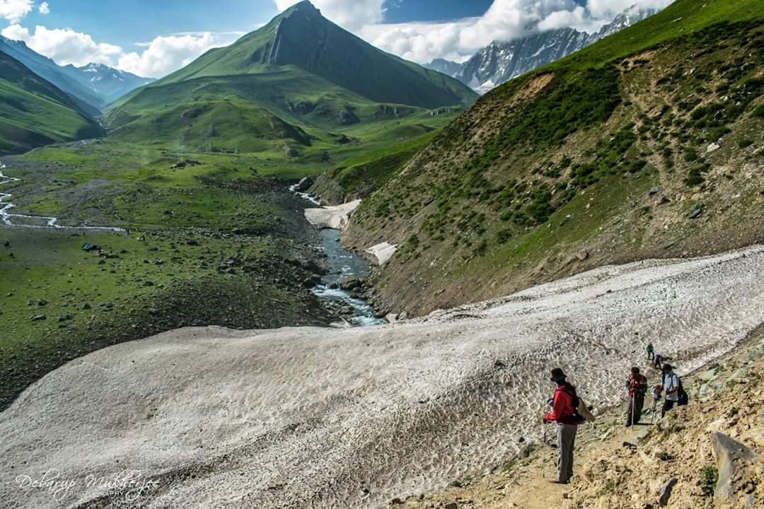Great lakes trek Kashmir India