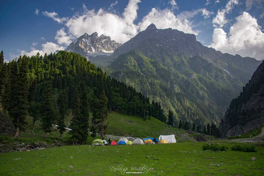 Campsite Great Lakes Trek Kashmir