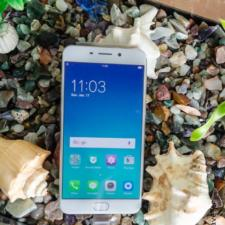 Unboxing of OPPO F1 Plus the latest Selfie Expert